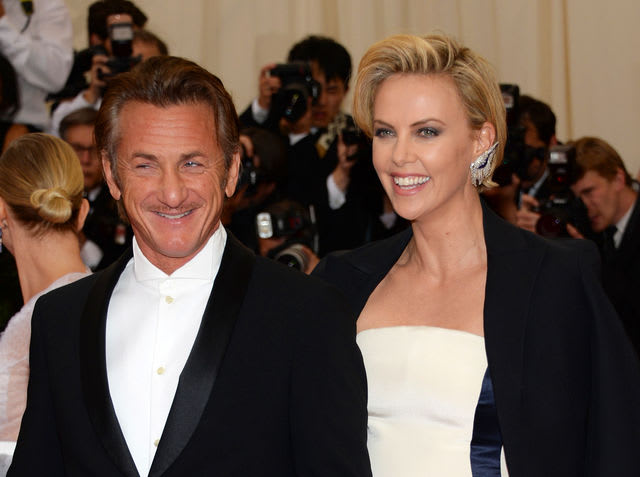 are sean penn and charlize theron still dating