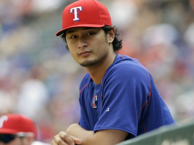 What stat line did Yu reach fastest in MLB history?