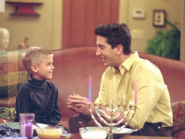 In an attempt to convince Ben Hanukkah is cool, what does Ross dress up as?