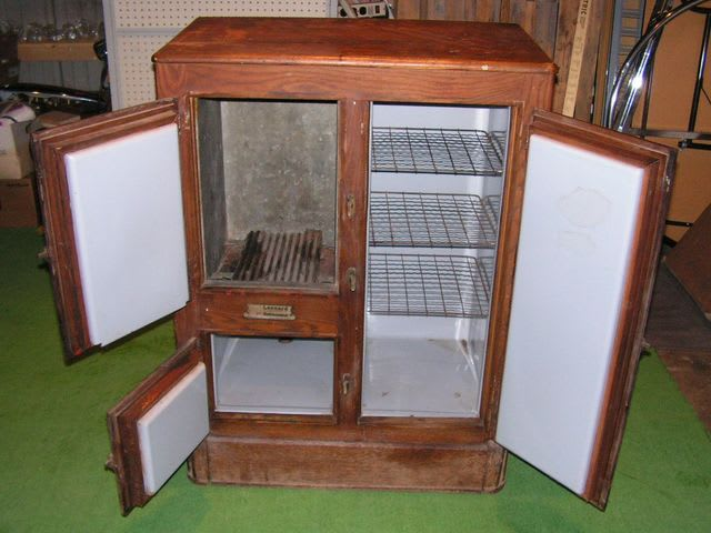 Iceboxes were cabinets for storing food and were usually made of wood, lined with tin or zinc, and included a compartment for a large block of ice.