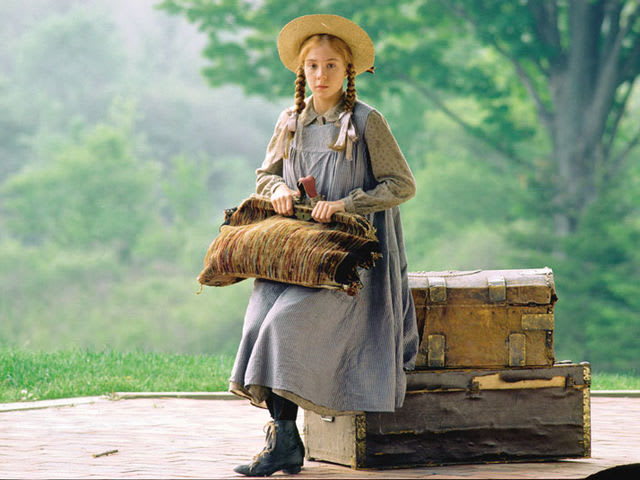"What was the heroine's full name in ""Anne of Green Gables"" by Lucy Montgomery?"
