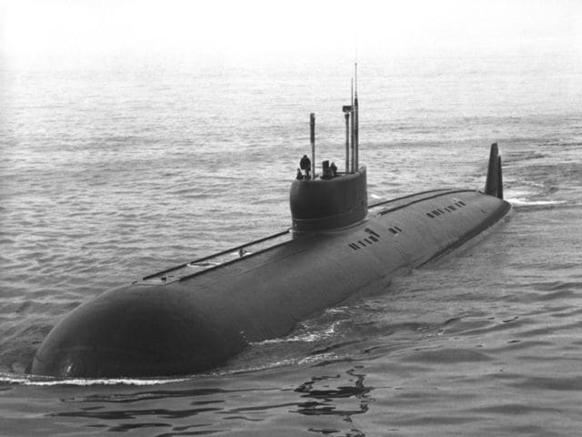 "What is the Russian word for the English translation of ""submarine"""