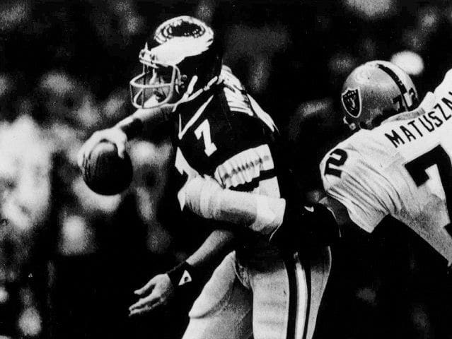 Which Oakland Raider intercepted Eagles quarterback Ron Jaworski 3 times?