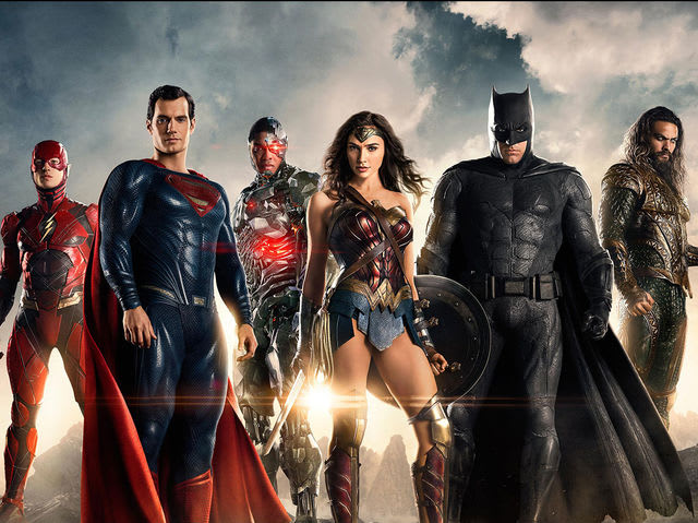 Which of these Justice League members did Wonder Woman have a romantic relationship with?