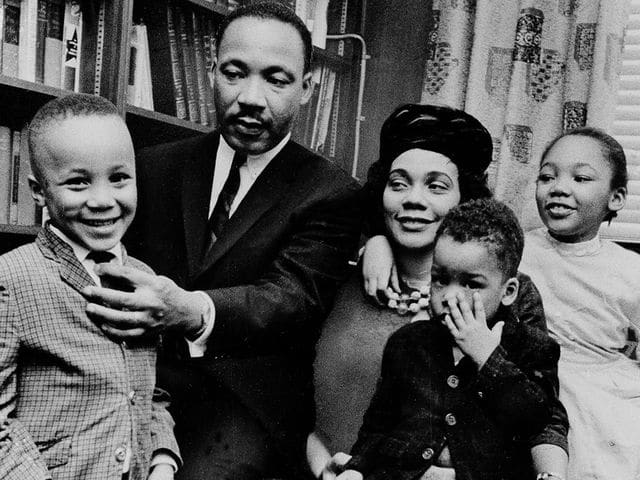 Are Martin Luther King Jr S Kids Still Alive