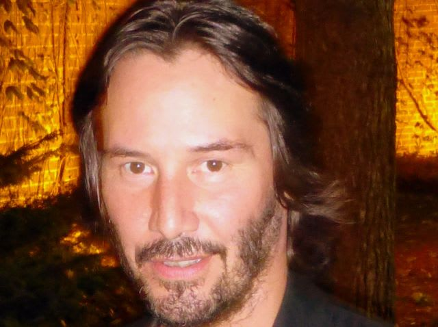 Hollywood actor Keanu Reeves was born in which country?