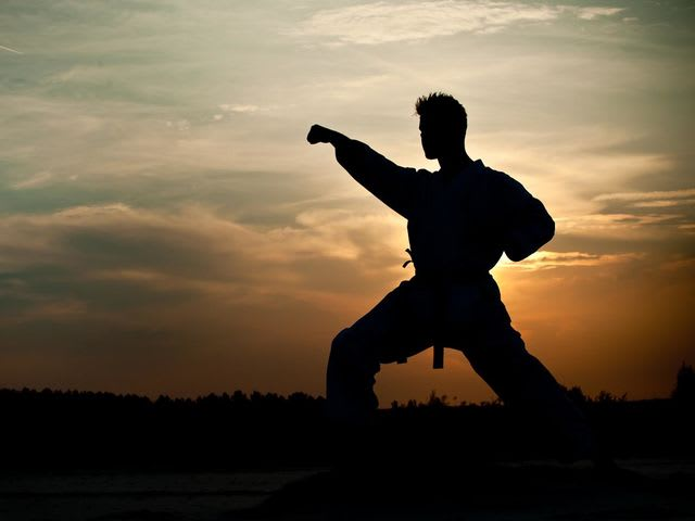 Which of these famous martial artists died in 1973?