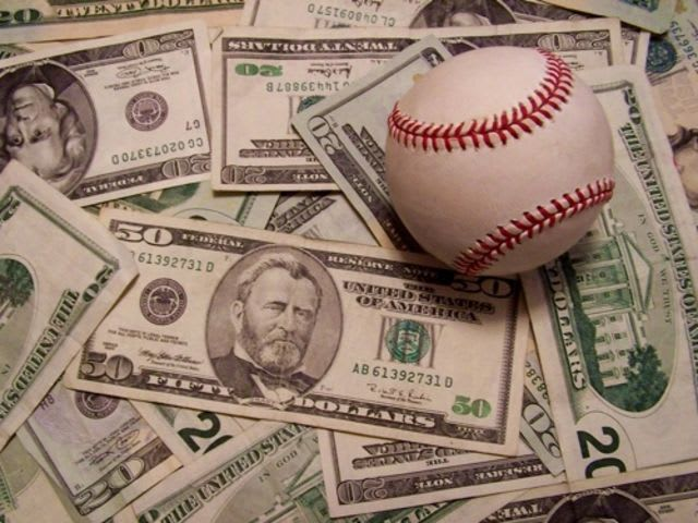 Which of these baseball players got caught betting most recently?