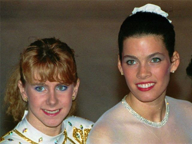 Which of these ladies broke the other one's leg the night before the 1994 Figure Skating Championships?