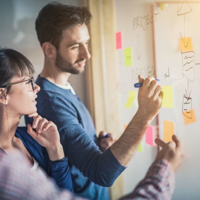 Convertirte en un buen líder para manejar correctamente tu equipo de trabajo.