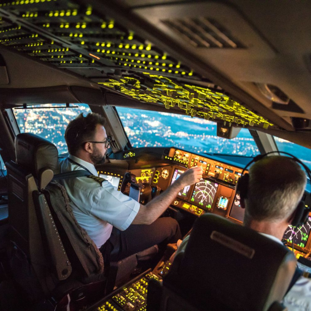 Airplane pilot!