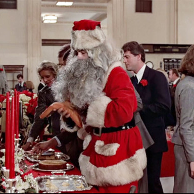 Winthorpe Pockets the Christmas Feast in Trading Places
