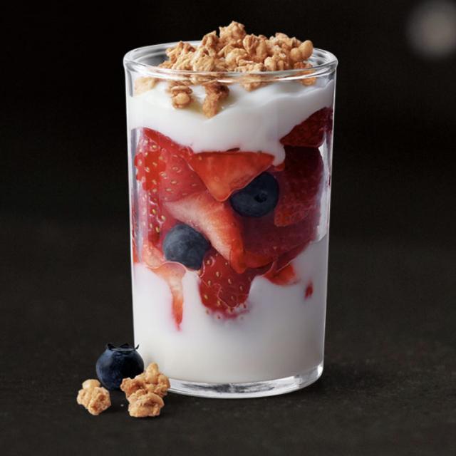 Fruit 'N Yogurt Parfait