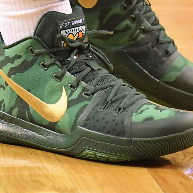 uk availability 0832a 2aae9 NBA -- Which player had the best sneakers in Week 8