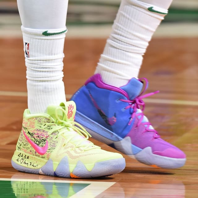 more photos 73db3 c89a7 NBA -- Which player had the best sneakers in Week 9?