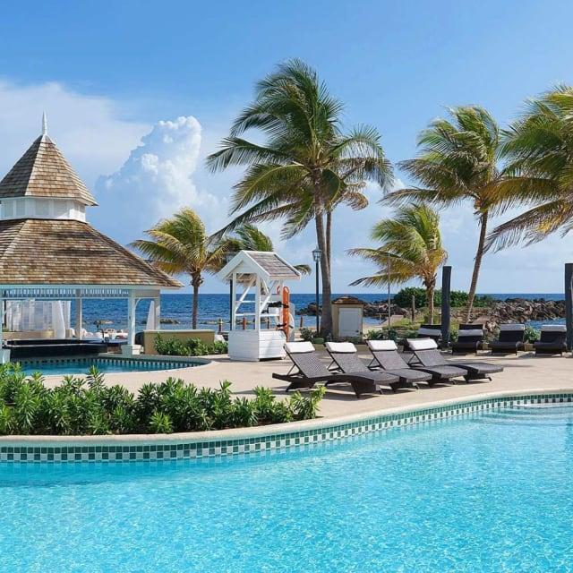 Resort/Beach