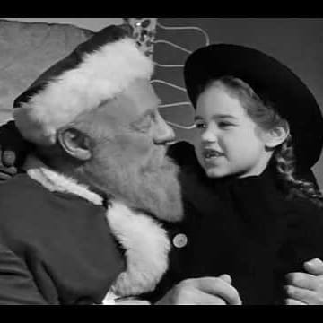 The Dutch Orphan Sings in Miracle on 34th Street