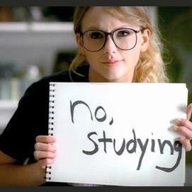 """Taylor Swift - """"You Belong With Me"""""""