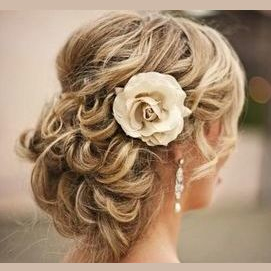 Loose Curls and Flowers