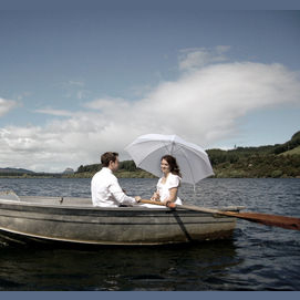 A peaceful boat ride and picnic on the lake