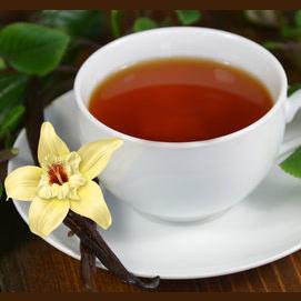 Vanilla tea with honey