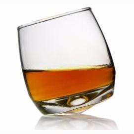Cognac - wide-bottomed glass please