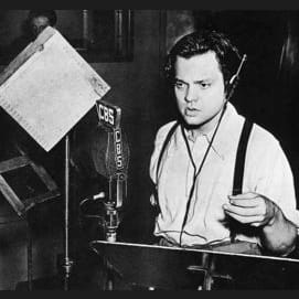 """Time from the end of the 1938 Orson Welles """"War of the Worlds"""" radio broadcast to public realization that the story was fiction"""
