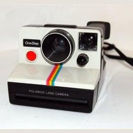 Una cámara polaroid