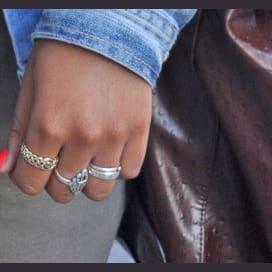 Rings/bracelets