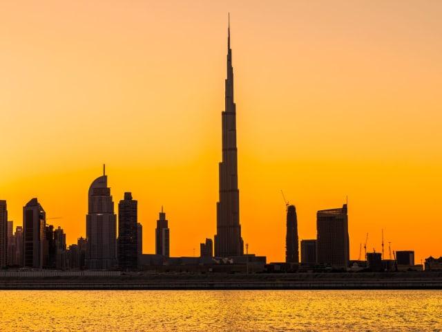 Бурдж-Халифа, Дубай, 828 метров