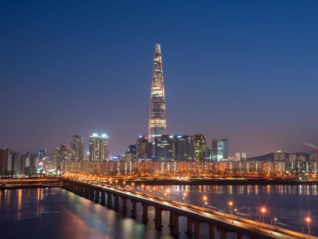 Lotte World Tower, Сеул, 555 метров