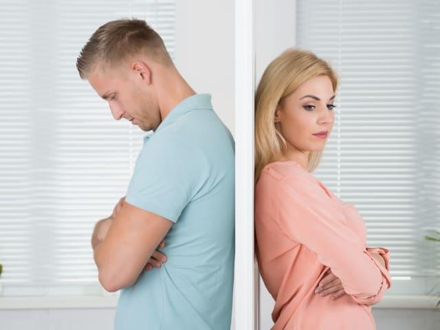 Un estudio reciente confirmó una relación entre no sonreír o sonreír poco en la juventud con un mayor porcentaje de divorcios.