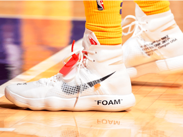 555dda1d34def9 NBA -- Which player had the best sneakers in Week 5