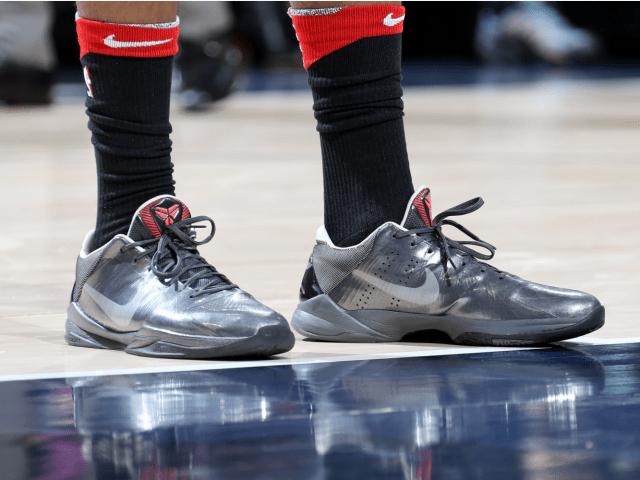 timeless design ac35e 1f9ec NBA -- Which player had the best sneakers in Week 8?
