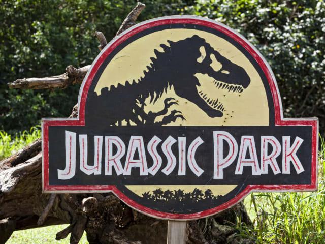 Jurassic World Fallen Kingdom: Release date, cast, plot