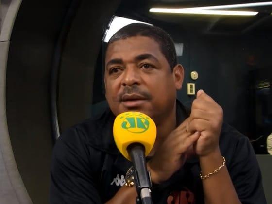 Jugó en 2002 para Brasil