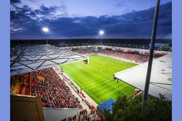 Bundesliga Stadien Kapazität