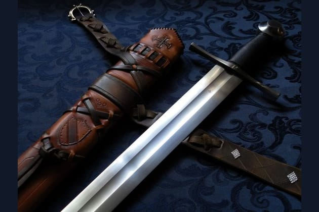 types of medieval weapons