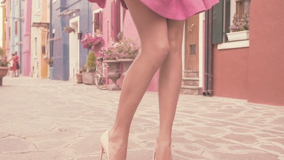 Can you pair up these lushious legs to the pair of fabulous heels?