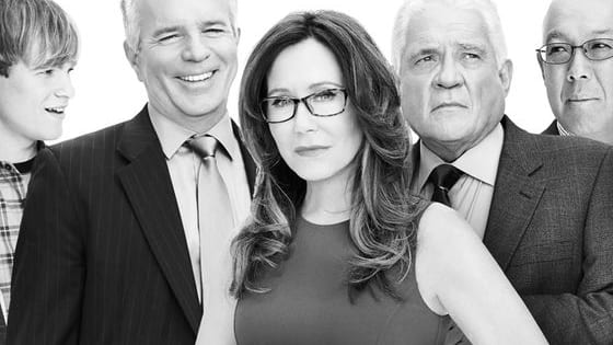 Time to start jumping up and down in glee everyone! It finally happened! TNT has renewed its hit show Major Crimes for a 6th season!