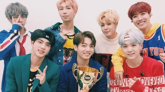What is the song of the first win?  Quel est le titre de la chanson qui a permis aux artistes suivants de gagner leur toute première victoire dans une émission musicale ?