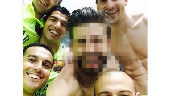Footballers love a good selfie, particularly shirtless Arsenal players. So how well do you know your selfie snaps from the world of football? Find out with our quiz...