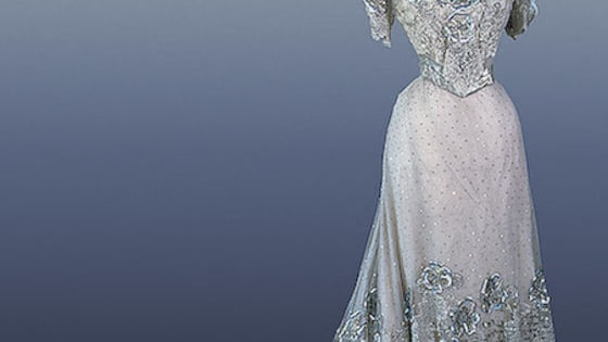 The most beautiful dresses from the period from 1971 to 1914.