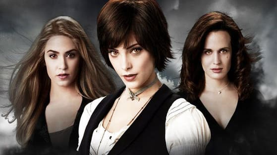 Play this quiz and find out which female Twilight character you are most like. Bella, Rosalie, Esme or Alice?