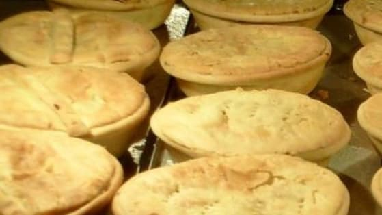 """Time for you to tell us """"What is the best pie in WA""""  for today's Best of the West!"""