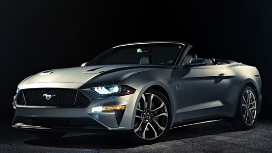 Which version of the 2018 Ford Mustang looks better, the coupe or the convertible?