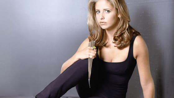 In the late 90s Buffy The Vampire Slayer premiered on The WB. Buffy and her friends were a lot of fun to watch each week! Here are 5 of the best moments from the show's 7 season run.
