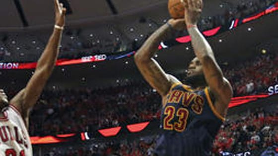Derrick Rose and LeBron James thrilled NBA fans with last-second shots, but which one takes the crown?