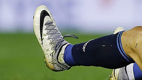 Some boot spotting from the past month. Can you guess who they belong to?