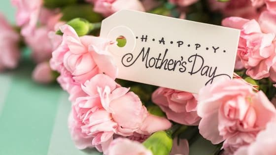 Here are some tips for choosing the perfect gifts for Mom to show her how much you care.